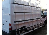 Iveco Daily MWB MR - Aluminium Glass Rack (LxH) 3200 x 2500