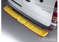 Triple step yellow - with reverse sensors